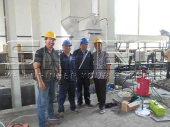 simec-engineer-and-indonesia-customers